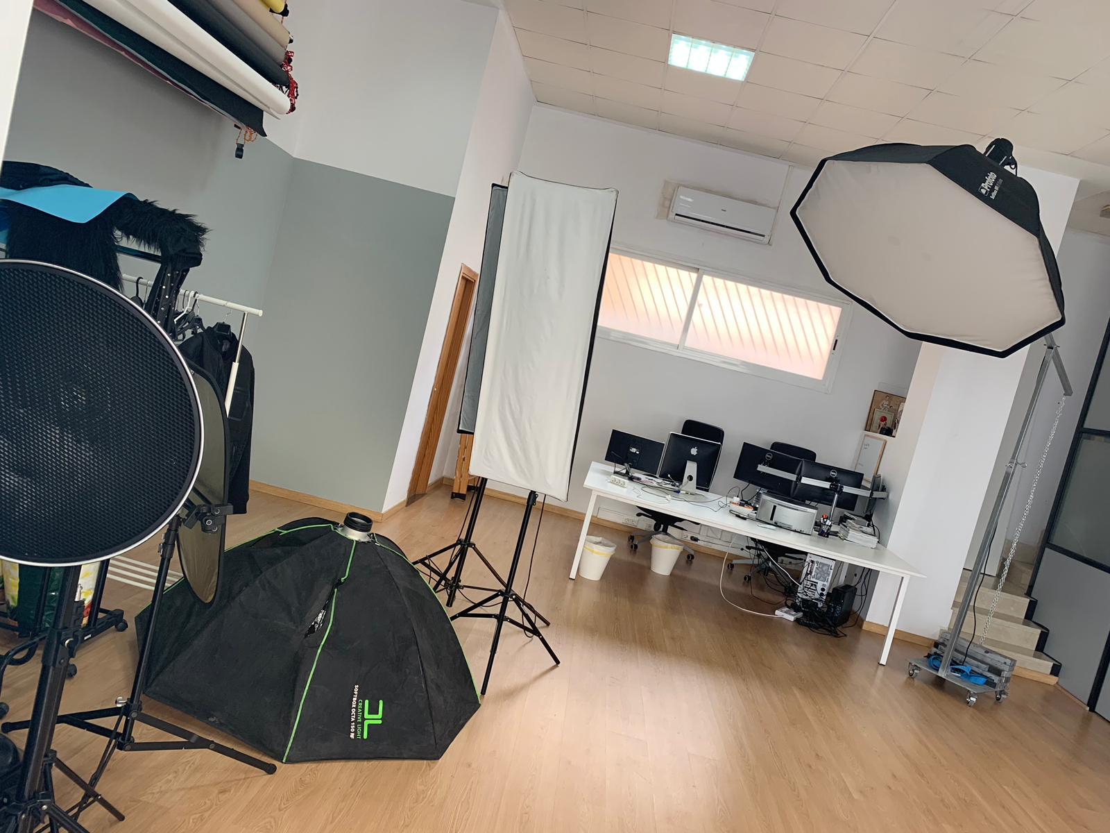 DerekSolutions office for web design and app development in Palma de Mallorca